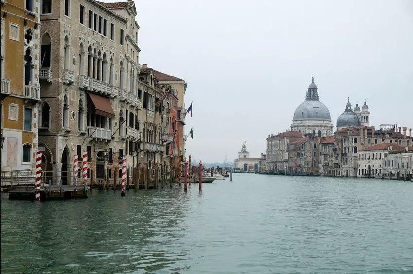 Grand Canal Veneza durante a pandemia