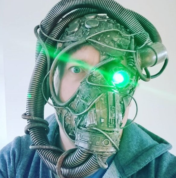 Máscara do futuro