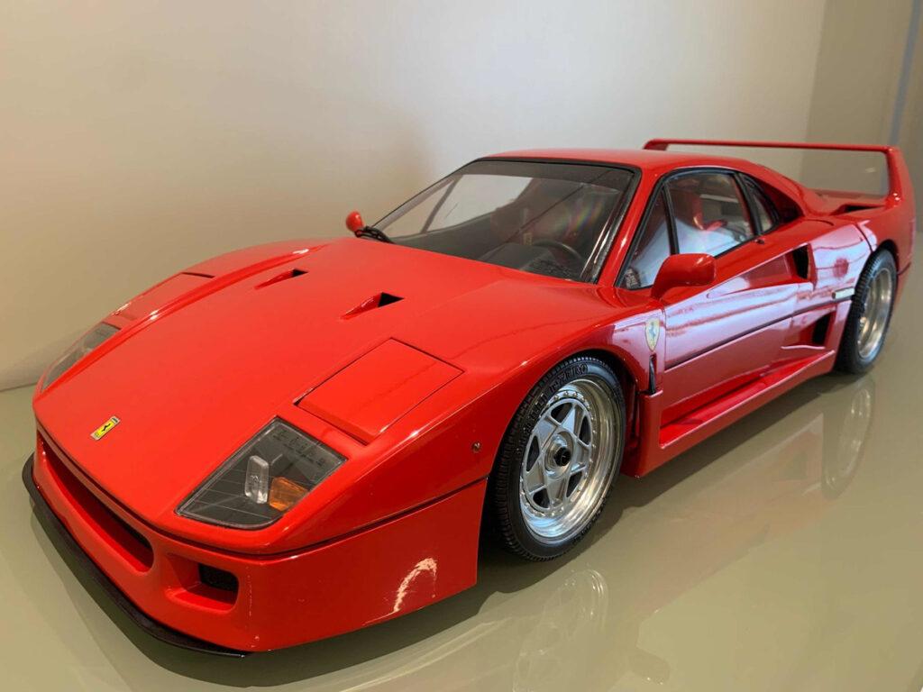Ferrari vermelha F40