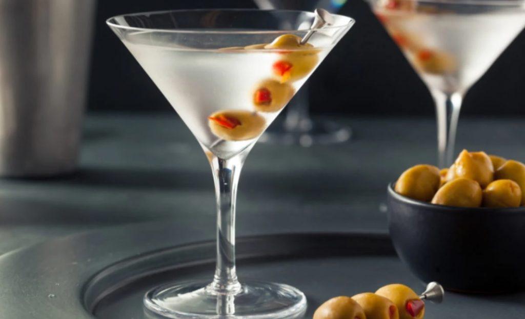 Drink Dry Martini