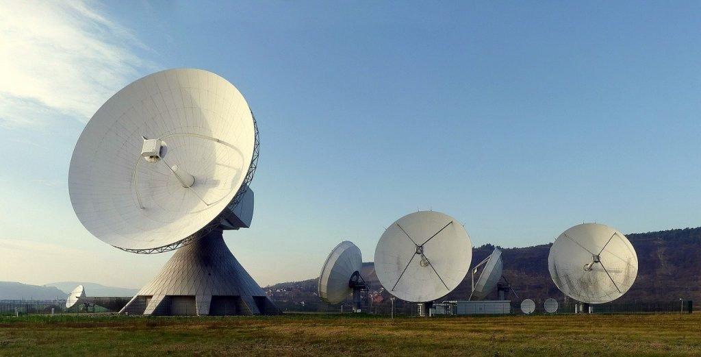 Sinais de rádio do espaço