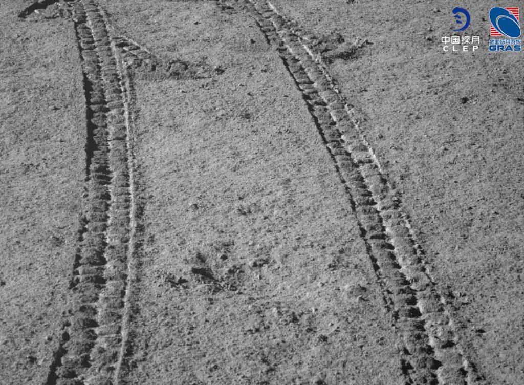 trilhas rover yutu 2