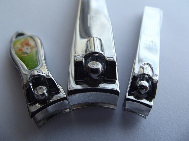 nail clippers 106382 640