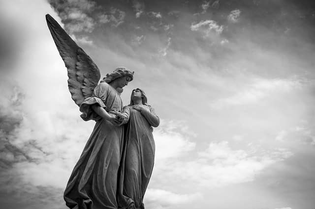 angel 1655378 640