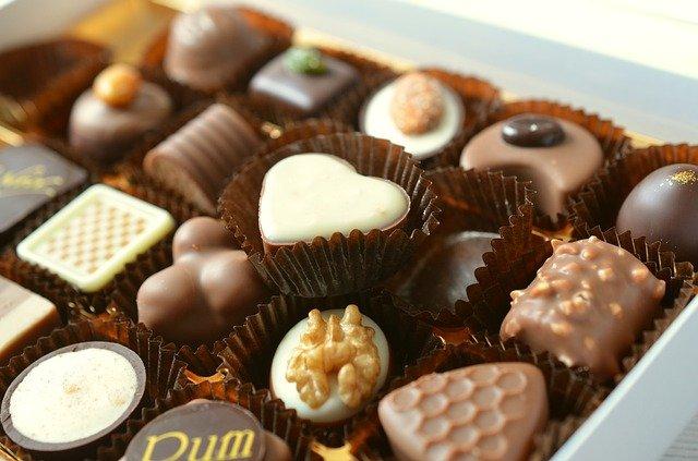chocolates 491165 640