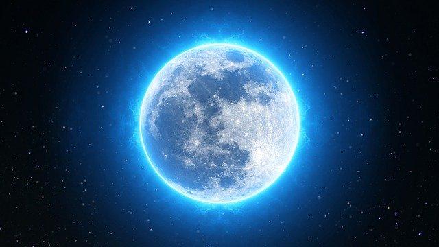 full moon 2055469 640